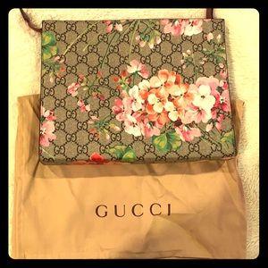 Gucci Hibiscus Floral handbag